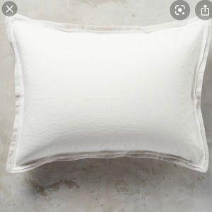 Anthropologie Linen/Cotton Pillow Case Set